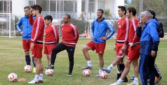 Mersin İdmanyurdu'nda Sivasspor Maçı Hazırlıkları Sürüyor