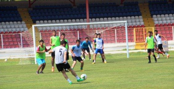 Mersin İdmanyurdu'nun Futbolcu Seçmeleri Mersin'de Yapıldı
