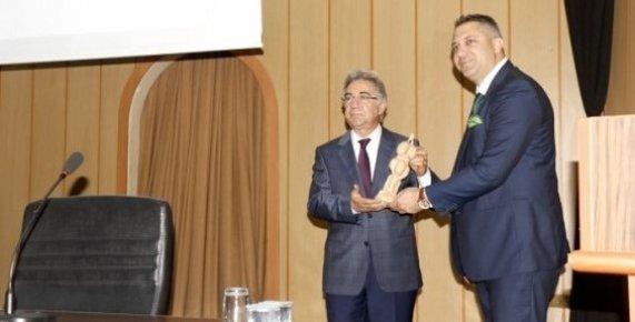 Akdeniz İlçe Kent Konseyi'nde Yeni Başkan Yiğit Göksen