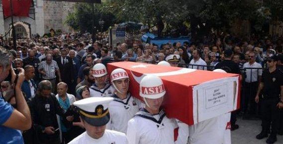 Mersin Şehit Üsteğmen Köreke'yi Son Yolculuğuna Uğurlandı
