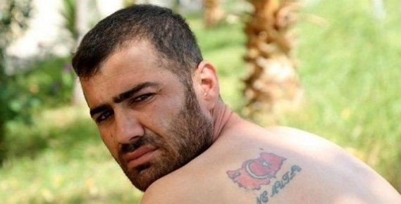 Mersin Türk Bayrağı Dövmesi Yüzünden İşkence Gördüğünü İddia Eden Genç İş İstiyor