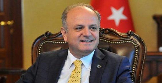 Mersin Valisi Çakacak Mersinlilerin Bayramını Kutladı.