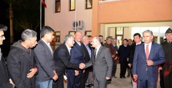 Mersin Valisi Çakacak, Mezitli Kaymakamlığını Ziyaret Etti