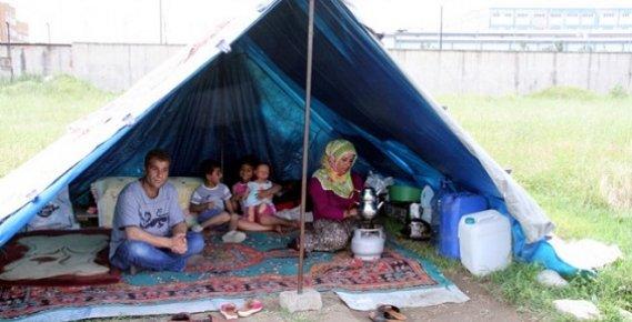 Mersin ve Adana'da Çadırda Yaşayanlar Yok Sayılıyor