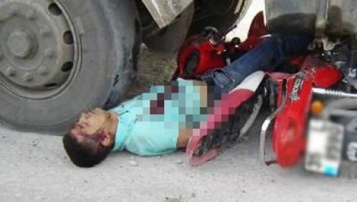 Mersin'de 18 Yaşındaki Gencin Feci Ölümü