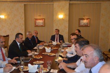 Mersin'de 2016-2017 Eğitim Öğretim Yılı Bilgilendirme Hazırlık Toplantısı Yapıldı