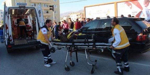 Mersin'de 2 Ayrı Trafik Kazasında 11 Yaralı