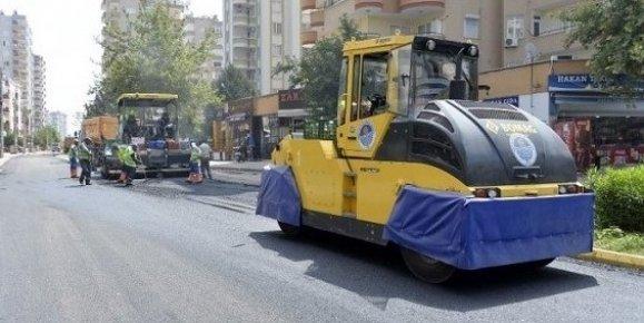 Mersin'de Asfaltlama Çalışmaları Sürüyor