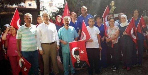 Mersin'de Atatürk Büstüne Saldırıya Tepki