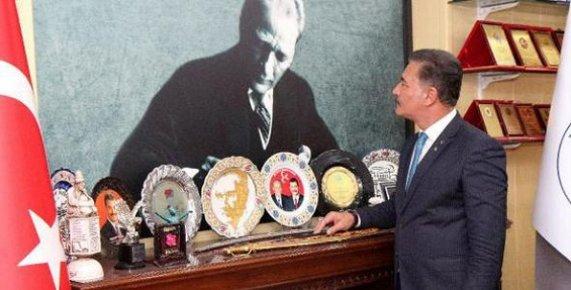 Mersin'de Atatürk Portresi İçin 10 Bin Gönüllü Aranıyor