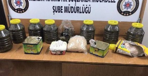 Mersin'de Çay ve Yoğurt Dolu Bidonlardan Uyuşturucu Hap Çıktı