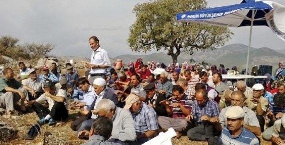 Mersin'de Çiftçiler Yağmur Duasına Çıktı