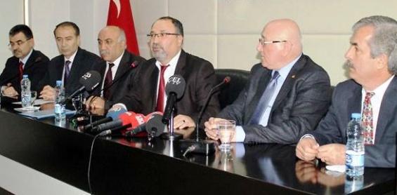 Mersin'de Dersanelerden Hükümete Tepki