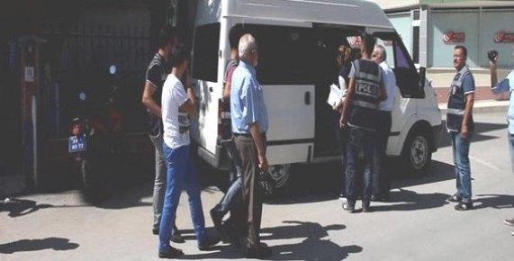 Mersin'de FETÖ Foruşturmasında 2 Tutuklama