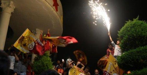 Mersin'de Galatasaray'ın Şampiyonluk Kutlamaları