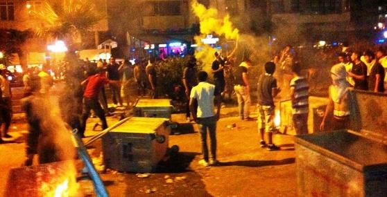 Mersin'de 'Gezi Parkı' Protestoları Bugün de Devam Etti