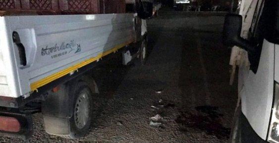 Mersin'de Halde Kayısı Tüccarını Bıçaklayıp Kayıplara Karıştı