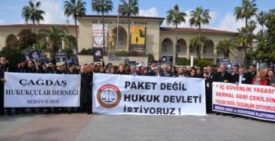 Mersin'de Hukukçular, İç Güvenlik Paketine Tepki Gösterdi