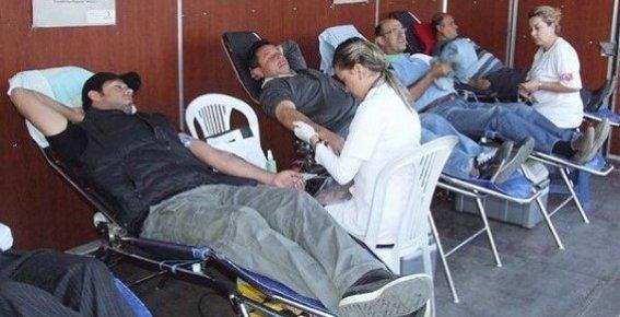 Mersin'de Kan Stokları Azaldı.