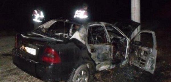 Mersin'de Kaza Yapan Araç Yandı: 1 Ölü, 1 Yaralı