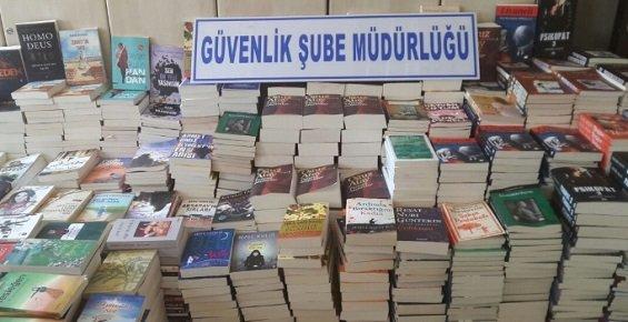 Mersin'de Korsan Kitapçılara Şok Baskın