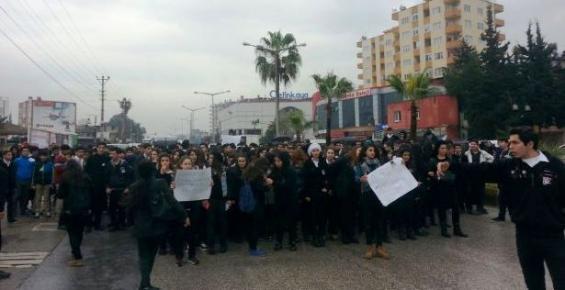Mersin'de liseliler Özgecan İçin Boykotta!