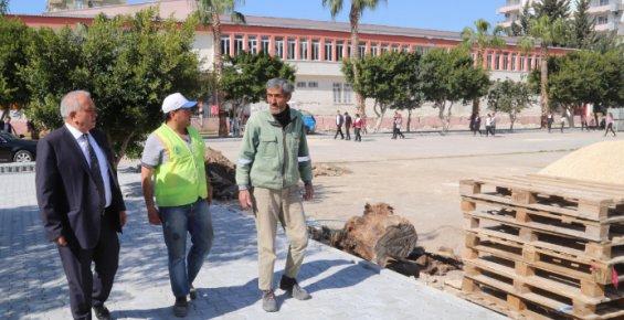 Mersin'de Okulların Çevresi Düzenleniyor