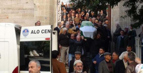 Mersin'de Öldürülen Öğretmen Toprağa Verildi