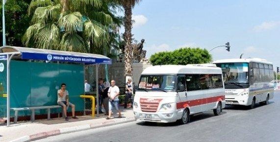 Mersin'de Otobüs Durakları Yenileniyor