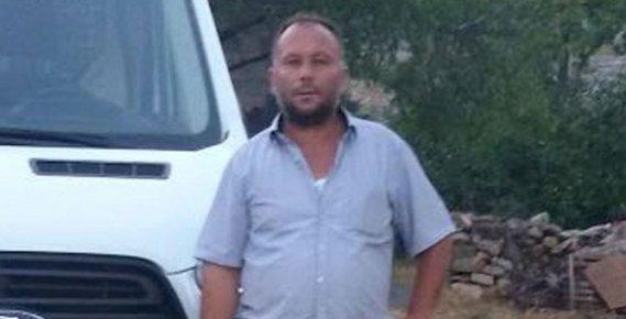Mersin'de Otomobilinde Ölü Bulundu