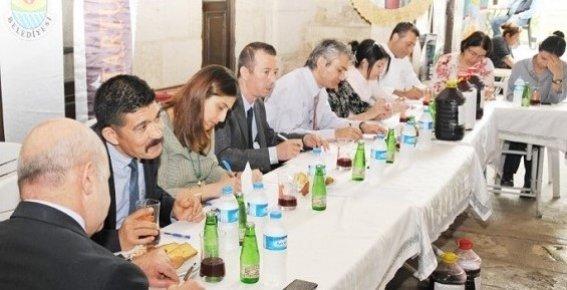 Mersin'de Şalgam, Humus, Cezerye ve Baklava Yarışması Sonuçlandı