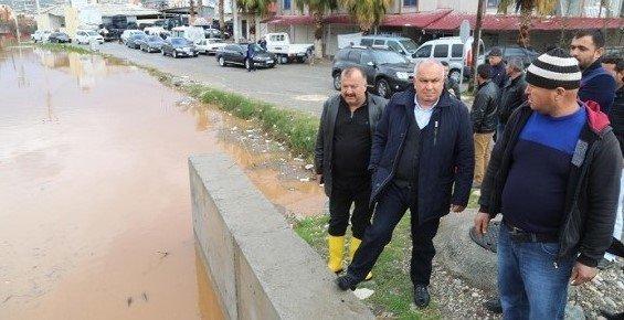 Mersin'de Sel Yaraları Sarılıyor