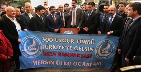 Mersin'de, Uygur Türkleri İçin 30 Bin İmza Toplandı