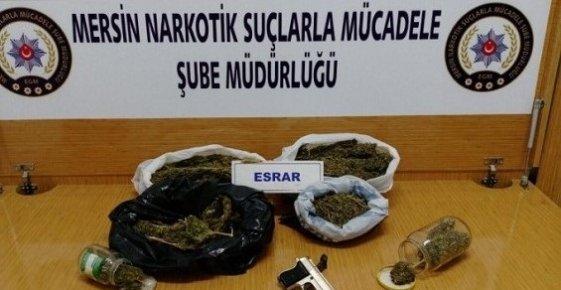Mersin'de Uyuşturucu Operasyonunda 3 Kilo 180 Gram Esrar Yakalandı.