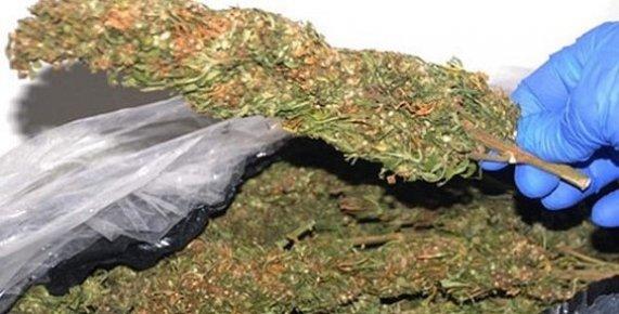 Mersin'de Uyuşturucu ve Kaçak İçki Operasyonu