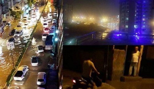 Mersin'de Yağmur Hayatı Felç Etti
