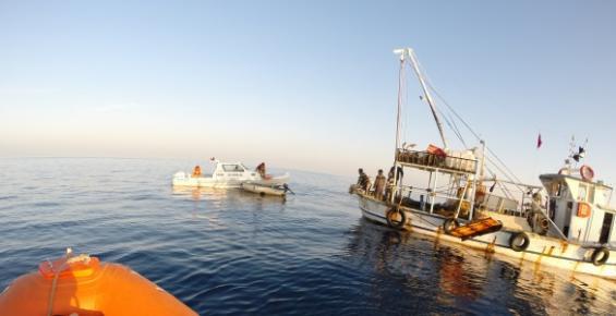 Mersin'de Yasa Dışı Avlanan 367 Tekneye Ceza Kesildi