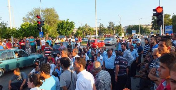 Mersin'de Yol Kapatma Eylemi