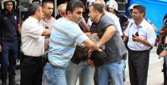 Mersin'de Zam Protestosunda Arbede: 12 Göz Altı