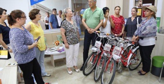 Mersin'deki Kadın Muhtarlar Tüm İşlerinde Bisiklet Kullanacak