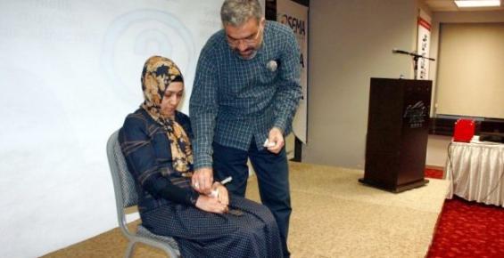 Mersin'deki 'Uygulamalı Hipnoz Eğitimi' İlginç Görüntüler