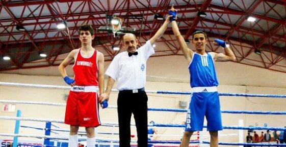 Mersinli Boksör 4. Şampiyonluğunu Aldı.