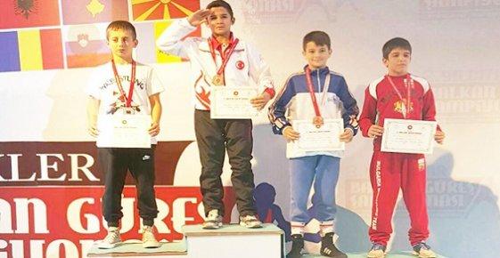 Mersinli Milli Sporcumuz Balkan Şampiyonu Oldu