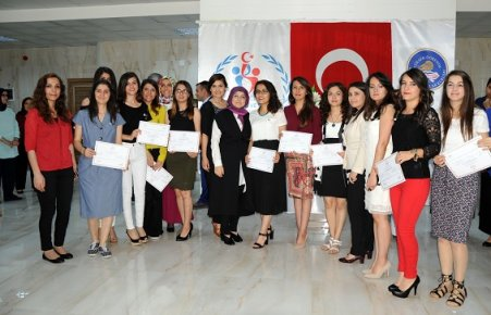 Minyatür Ve Kaligrafiyi Üniversiteli Kızlar Yaşatacak