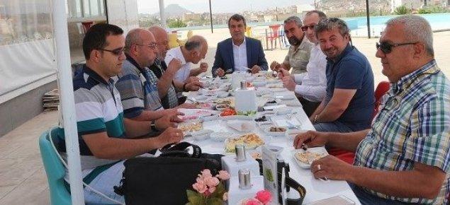 """Musa Eroğlu ;""""Hocalarımız Bizden Notlarını Saklardı"""""""