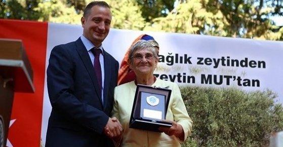 Mut'a Canan Karatay'ın Heykeli Dikilecek