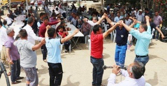 Mut'ta Belediye İşçilerinin Bayram Coşkusu