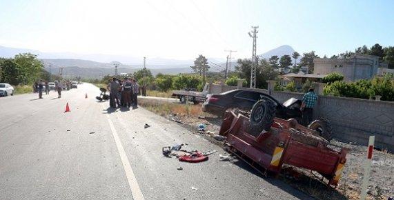 Mut'ta Feci Kazada 1 Kişi Öldü 2 Kişi Yaralandı.