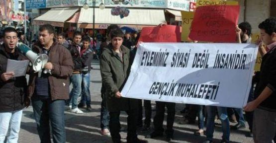 N.Ç'ye tecavüz davasında ki kararı protesto ettiler