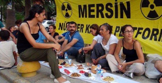 Nükleer Karşıtları Mersin'de Yeryüzü Sofrasını Kurdular